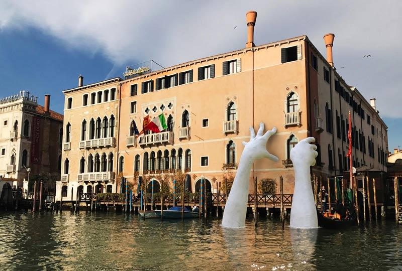 Venetsia tuomitsee lorenzo Quinnin ilmaston lämpenemisen
