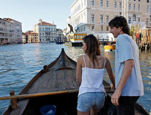 纜車在威尼斯航行